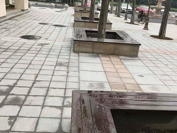 天平湖一号树池坐凳